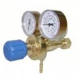 Salida doble de oxígeno/gas para válvula reguladora.